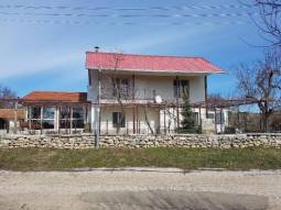 New extension, New equipped Bathroom, New Kitchen, Tiled Floors, Big Barn, Stone Wall, 20min to Airport****TOP Village!!!