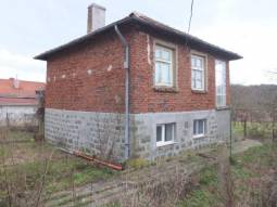 Solid Home, Edge of Village, 23km from Burgas City, Top WELL-Developed Village! Strongly Recommended Area at the foot of Strandja Mountain!!!