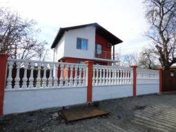 Ready to move in House - 10min from Sarafovo Beach and Airport, Garage, New Roof, new UPVC windows, new Central heating system, New insulation!!! TOP AREA!!!