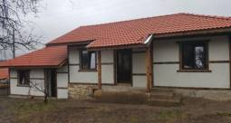 37km to Varna and its Airport, Recently Renovated, 2 500sq.m of land, Summer Kitchen, Additional Outbuilding, Top Bulgarian Village!!!