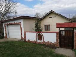 Lovely Fully Renovated Bungalow, Central Heating System, Kitchen Installed, Fitted Bathroom/wc, 35min drive to Dobrich, close to a town 10km, Reduced price for quick sale!!!