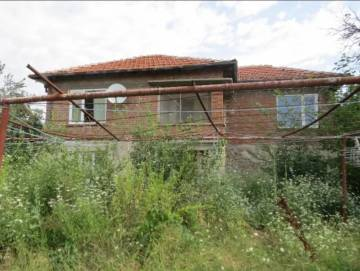 Lovely House in Good Village 32km from Stara Zagora!