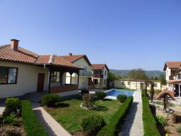 Bungalow - 3 bedrooms, 2 bathrooms/wc, 10min to SEA, Garage, Big Verandah, Fully Furnished, 20min to Burgas Airport!!!