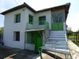 Huge Garden 3 000sq.m, 4 bedrooms, Bathroom/wc, Outside insulation, 35min drive to Burgas and the SEA, Additional Outbuildings, Well for Irrigation, Parking lot**** 19 800Euros price
