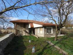 30min from Varna and the SEA, 2 800sq.m of land, Renovated Roof, Fully Gated, 5min from Provadya town, Top Village money can buy****Additional Outbuildings!!!