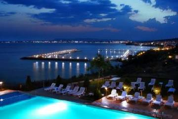 SOLD SV Apt 2B Upper FloorOne bedroom Dinevi apartment located in Dolche Vita, St. Vlas, great