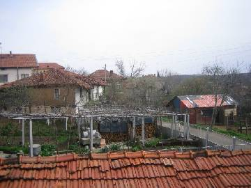 The village     is situated only   35   km away from the picturesque town of       Burgas.